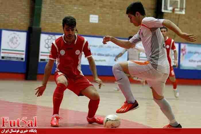 گزارش لحظه به لحظه بازی های امروز در پایگاه خبری فوتسال ایران