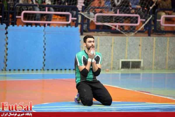 پرکاس :برای کسب نتیجه به اصفهان آمدیم/فشار زیادی روی دروازه من بود