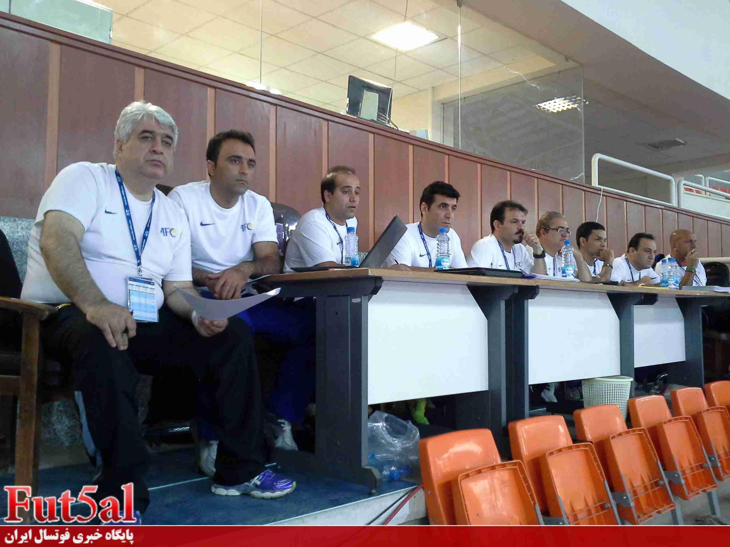 تاخیر ۸ دقیقه ای در شروع بازی/تنهایی افتخاری/کمک ۶۰۰ هزار دلاری AFC به ایران