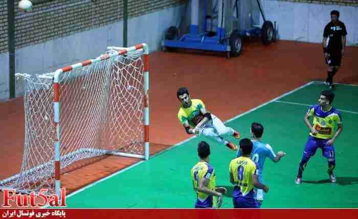دفاع تمام قد دروازه بان فرش آرا از پدرش/ احمدپور: میثاقی ها نباید به پدرم توهین می کردند