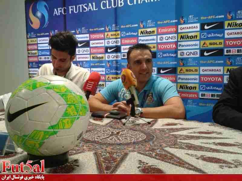 سرمربی تیم فوتسال نفت عراق: بازیکنان ایرانی تیم ما را تا نیمهنهایی آوردند