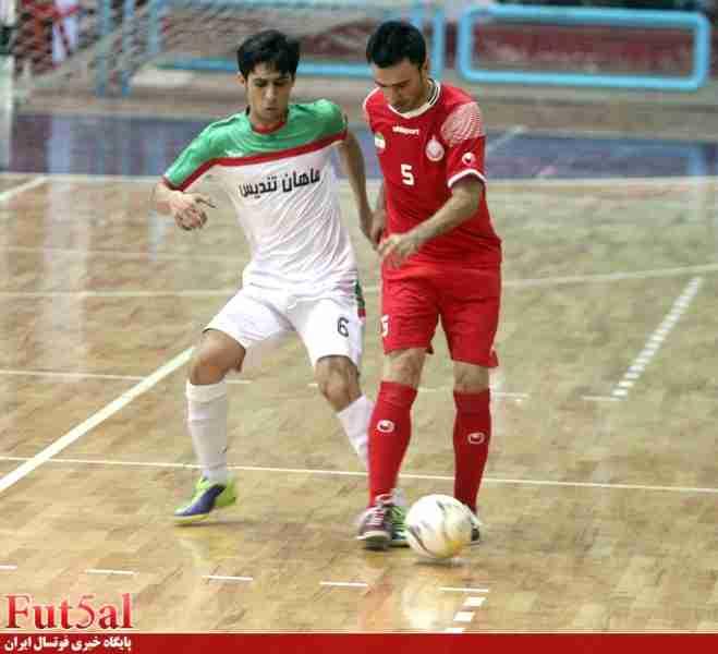 گزارش تصویری/بازی تیم های یاسین پیشرو قم با دبیری تبریز