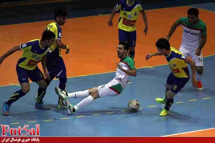 گزارش تصویری/بازی تیم های فرش آرای مشهد با یاسین پیشرو قم