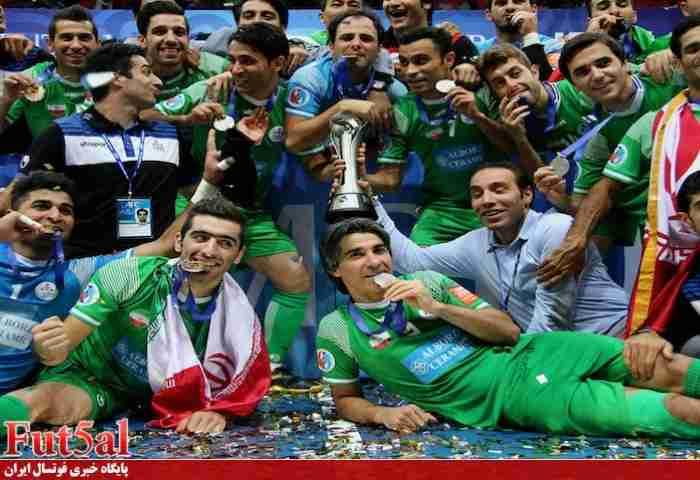 پرتاپ پدر شمسایی به آسمان!/ طاهری با پرچم ایران روی سکو رفت