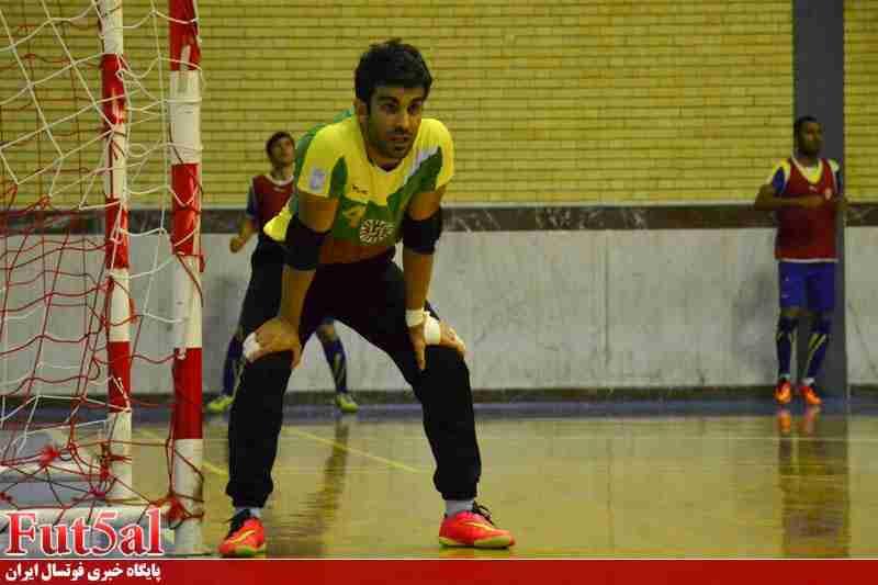 احمدپور: در فرش آرا افسرده شده بودم/ خیلی بی مهری کردند اما افشاگری نمی کنم/ کار در شرایط سخت را یاد گرفتم!