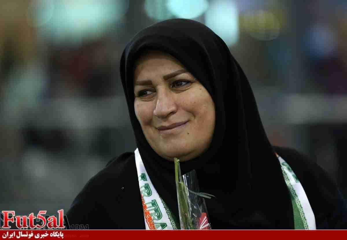 عرب عامری:حضور صانعی روی نیمکت بانوان با اجازه وزارت ورزش بوده است