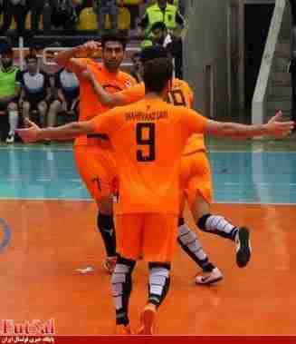 گزارش تصویری / بازی تیم های شهروند ساری با مقاومت البرز