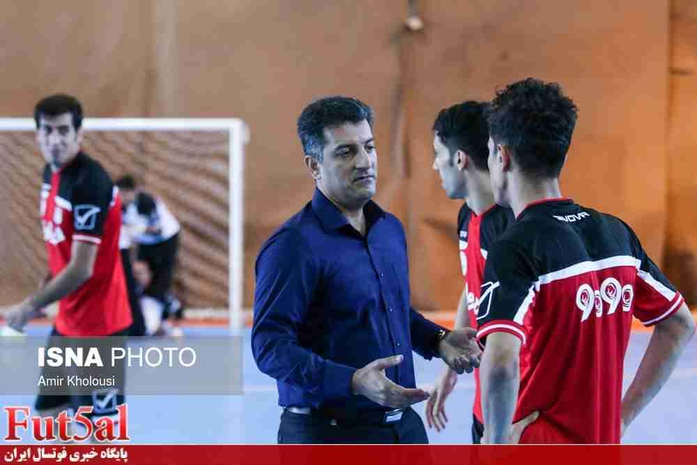 صانعی:  بعد از بازی با عراق نفرات نهایی برای معرفی به AFC  مشخص می شوند/بازیهای تدارکاتی به آمادگی بازیکنان کمک بسزایی می کند