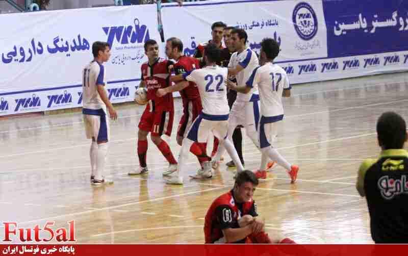 گزارش تصویری/ بازی تیم های یاسین قم و دانشگاه آزاد تهران