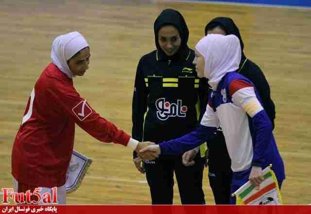 تذکر عضو فراکسیون ورزش مجلس به وزارت ورزش و فدراسیون فوتبال بابت اتفاقات دیدار ایران و روسیه