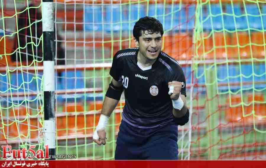 صمیمی:بدترین خاطره ،نگرفتن دستکش طلای جام جهانی ۲۰۱۶ بود/فوتسال به رئیس تمام وقت و تخصصی نیاز دارد/ناظم الشریعه شخصیت خیلی بالایی به فوتسال ایران داد