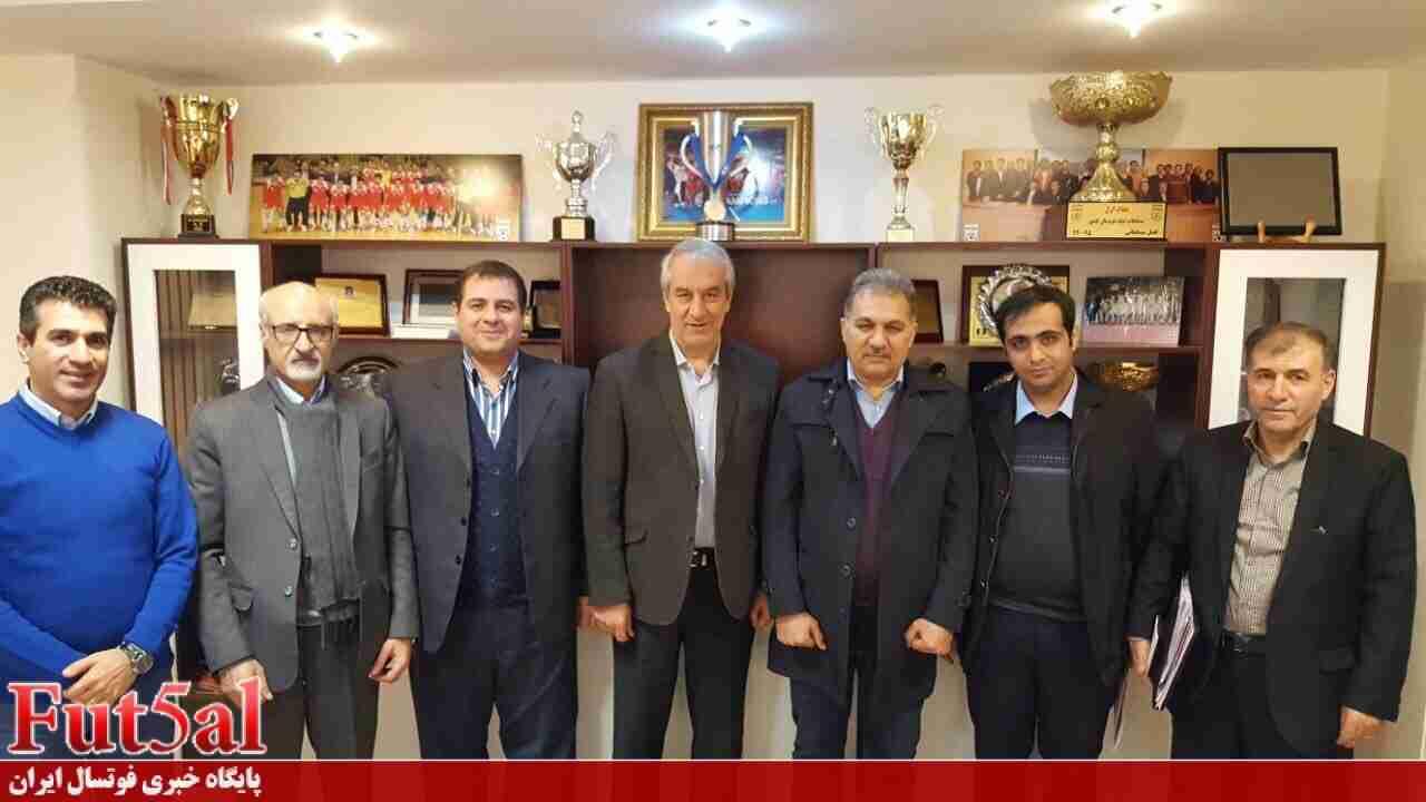 برخی اعضای هیات رئیسه سازمان لیگ در اعتراض به انتخاب پرهیزگار استعفا می دهند