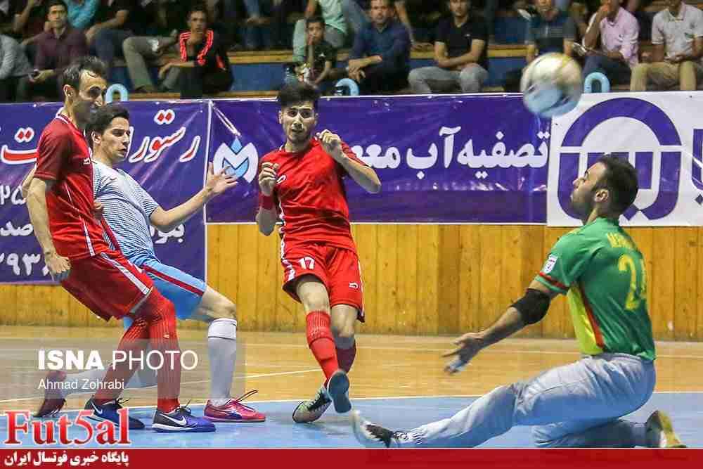 گزارش تصویری/بازی تیم های آتلیه طهران قم با مقاومت البرز