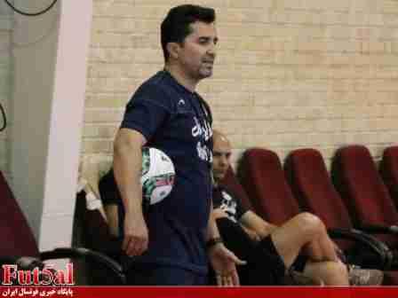 ناظم الشریعه: قهرمانی در جام جهانی دور از دسترس نیست / سال جدید بازیهای تدارکاتی خوبی برگزار می کنیم/سطح کیفی لیگ نسبت به سال گذشته افت کرده است!