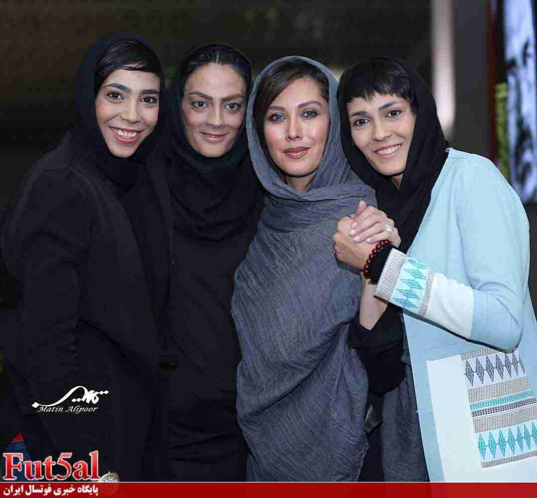 حمایت بیش از ۸۰۰ نفر از تیم ملی فوتسال بانوان/ حضور مهتاب کرامتی و خواهران منصوریان