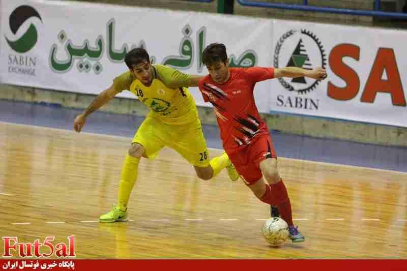 سری دوم گزارش تصویری/بازی تیم های تاسیسات دریایی تهران با گیتی پسند اصفهان