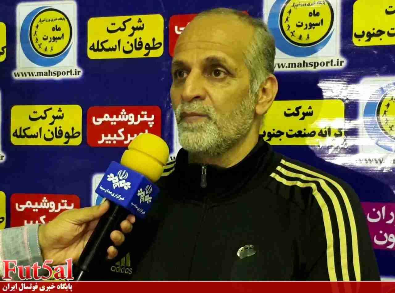 ابطحی: باید از تیمها ضمانت بگیرند/ کوچ بازیکنان روی لیگ و تیم ملی فوتسال تاثیر منفی دارد