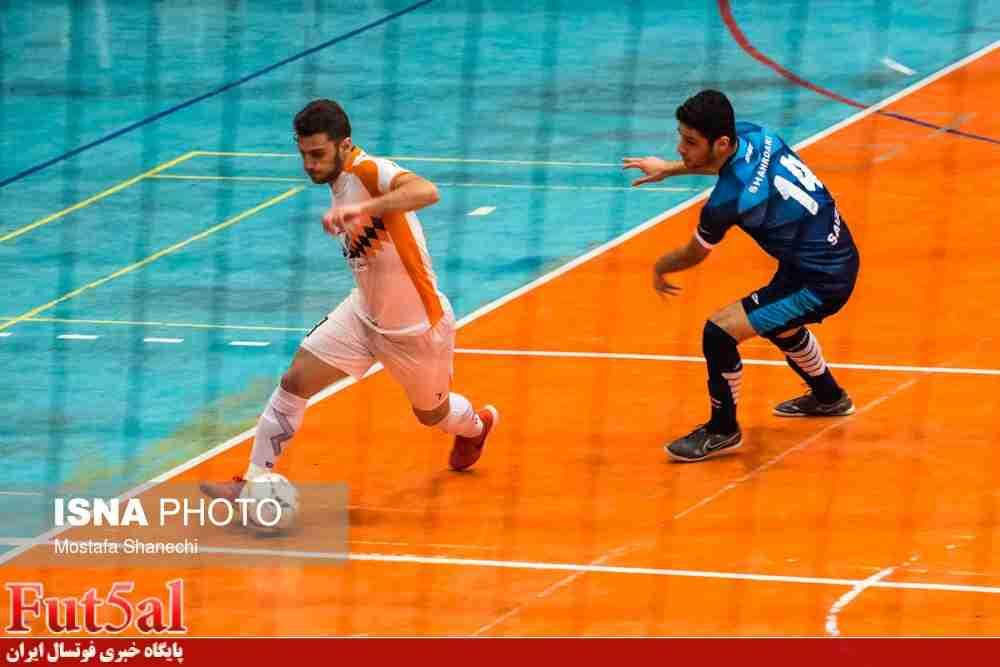 گزارش تصویری/بازی تیم های شهروند ساری با شهرداری ساوه