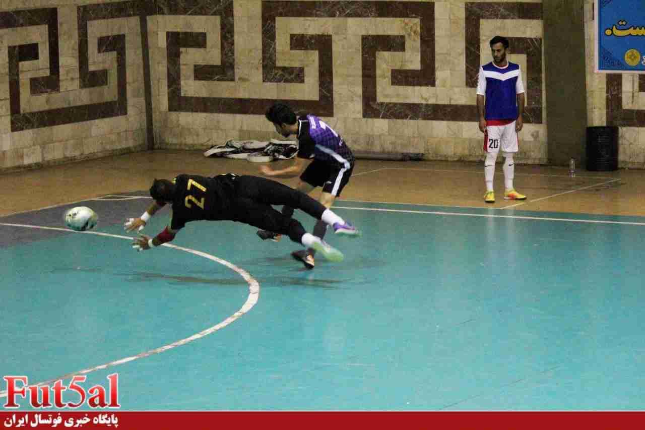 گزارش تصویری/ بازی مبل کریمی و ساکاپخش در لیگ یک