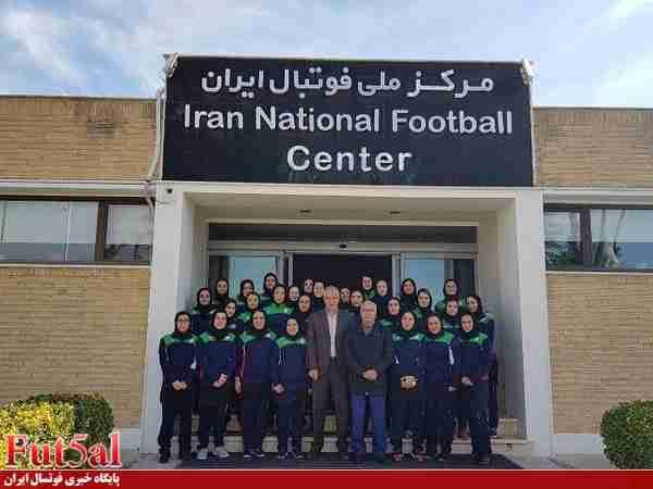 برگزاری دوره توجیهی مسئولین تیمهای لیگبرتر فوتسال بانوان با تدریس صالح