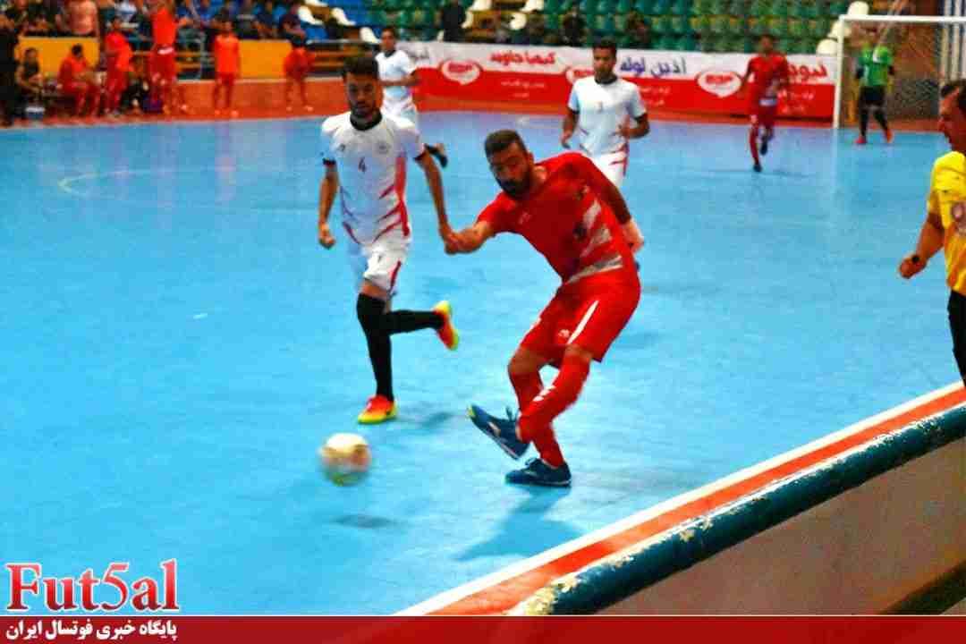 گزارش تصویری/بازی تیم های گیتی پسند اصفهان با مقاومت البرز