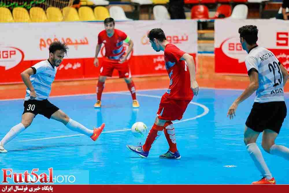 سری دوم گزارش تصویری/ بازی تیم های گیتی پسند اصفهان با ارژن شیراز