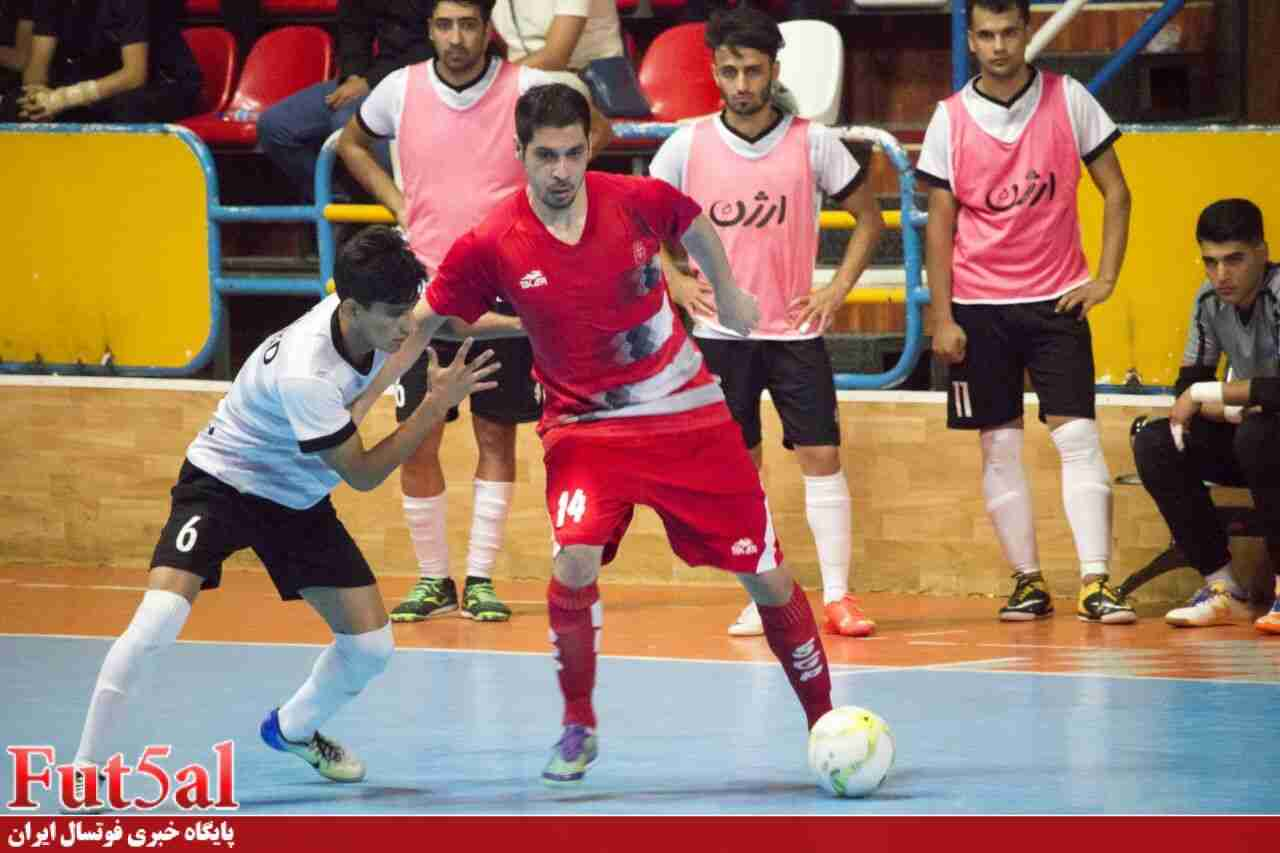 گزارش تصویری/ بازی تیم های گیتی پسند و ارژن شیراز