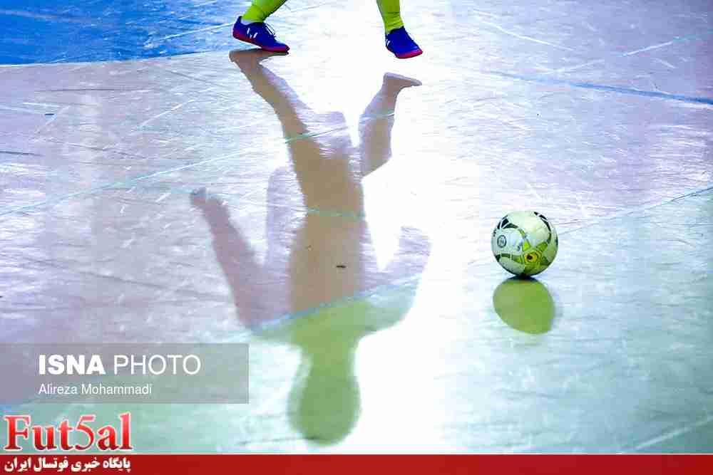 بازسازی سالن شهدای ۱۰ دی ورامین برای لیگ برتر فوتسال