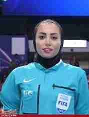 اولین داور زن ایرانی فوتسال مردان بودم/ لیگ بانوان در حال پیشرفت است