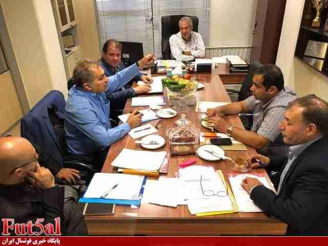 چرا هیات رییسه جدید سازمان لیگ فوتسال تشکیل جلسه نمیدهد؟