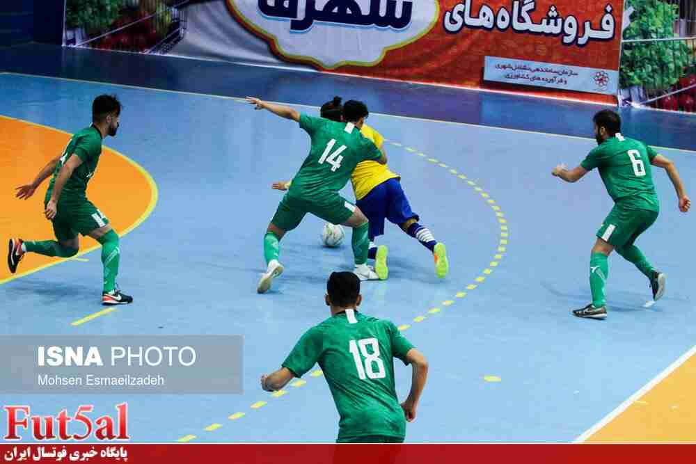 گزارش تصویری/بازی تیم های فرش آرای مشهد با مقاومت قرچک