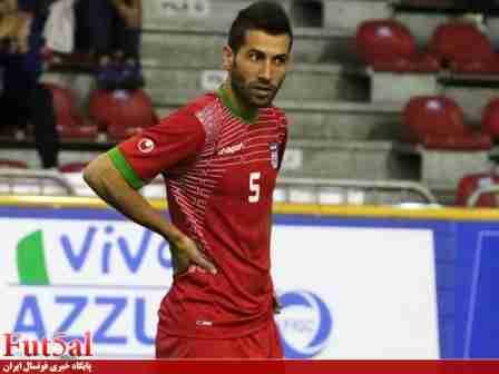 احمدی: فدراسیون فوتبال هیچ توجهی به فوتسال ندارد/ از جامعه داوری عذرخواهی میکنم