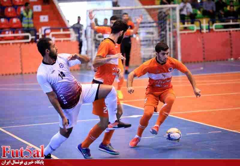 گزارش تصویری/بازی تیم های شهروند ساری با آذرخش بندرعباس