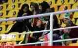 گزارش تصویری/حضور بانوان ایرانی در سالن بازی های فوتسال مقدماتی آسیا در ارومیه