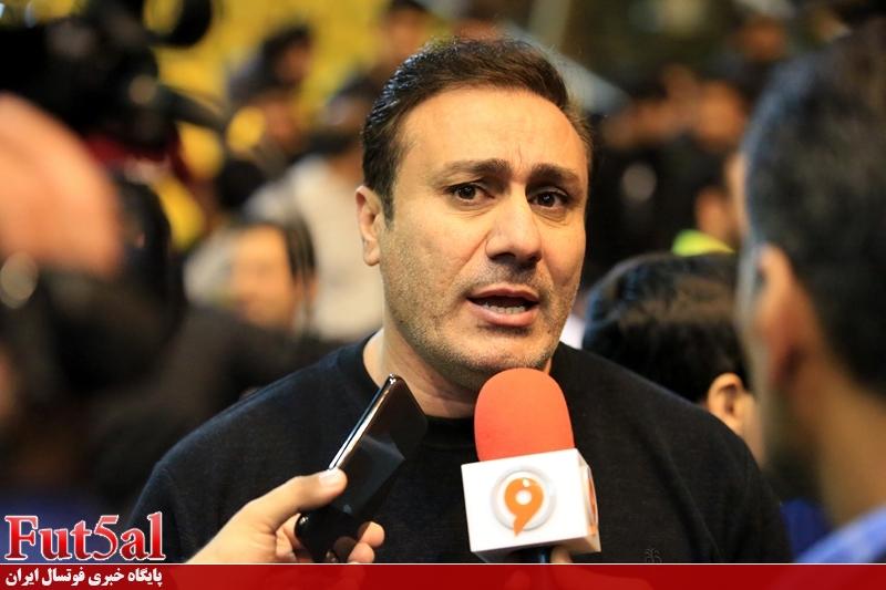 سرمربی شهروند ساری خواستار توقف بازیهای پلیآف فوتسال شد