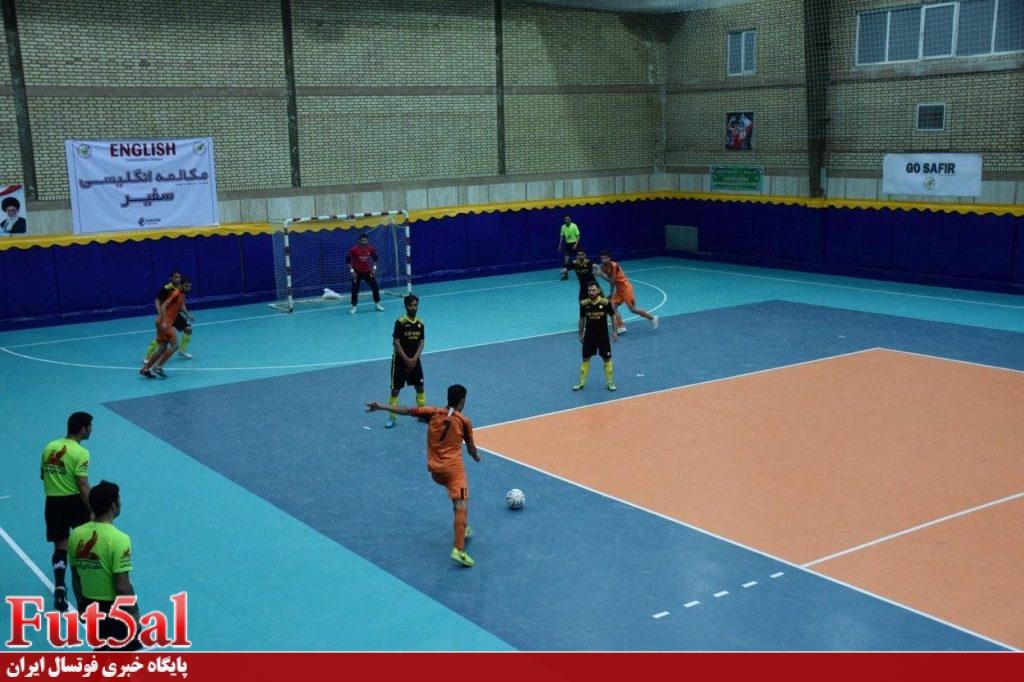 گزارش تصویری/بازی تیم های سفیر گفتمان تهران با شهرداری ساوه
