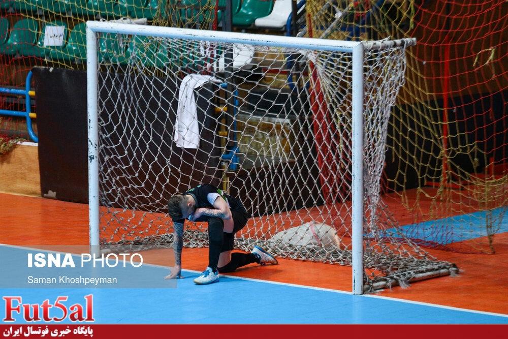 سری دوم گزارش تصویری/بازی تیم های گیتی پسند اصفهان با مس سونگون