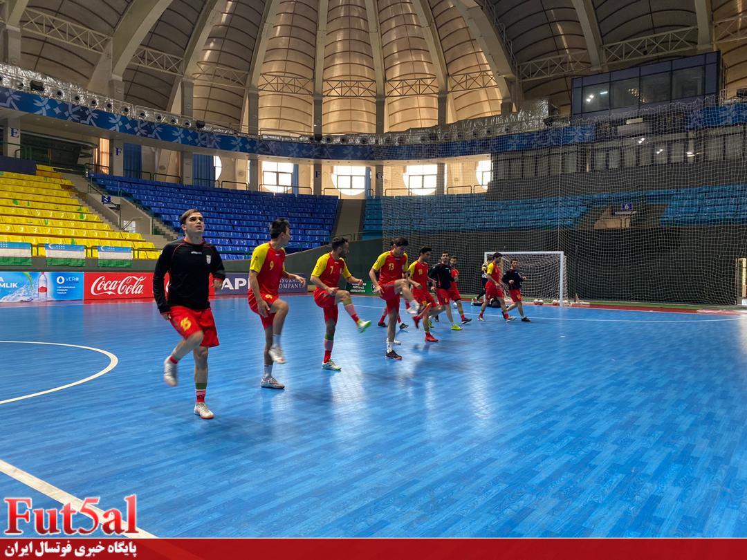 تمرین شبانه تیم ملی در تاشکند