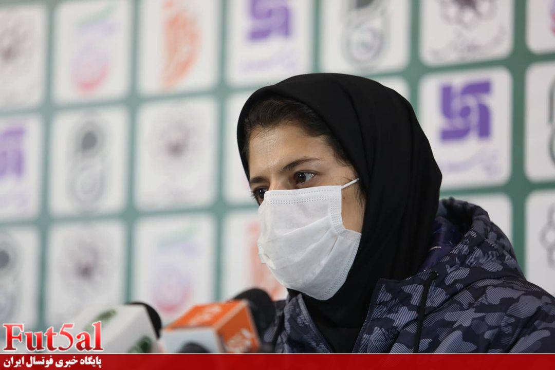 شریف: فدراسیون فوتبال نمیتواند رای زنان را حذف کند