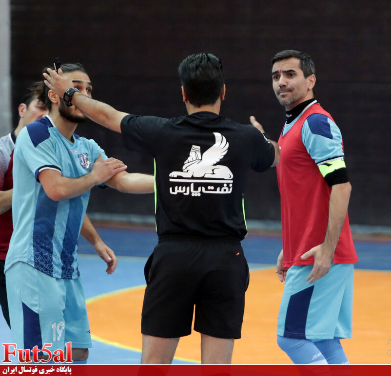 گزارش تصویری/ بازی تیم های فرش آرای مشهد با راگای تهران