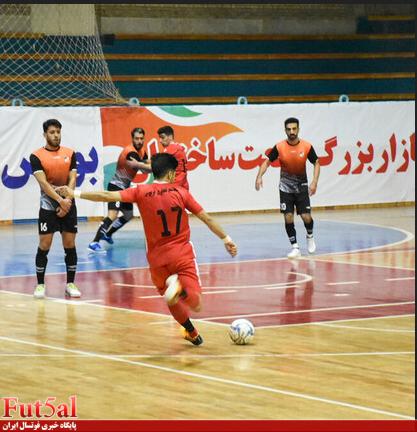 گزارش تصویری/ بازی تیم های فردوس قم با منصوری قرچک
