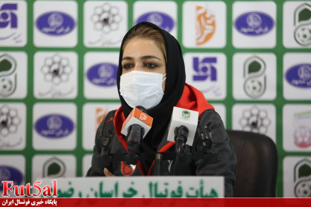 رضایی:فدراسیون فوتبال تیم ملی را فراموش کرده است