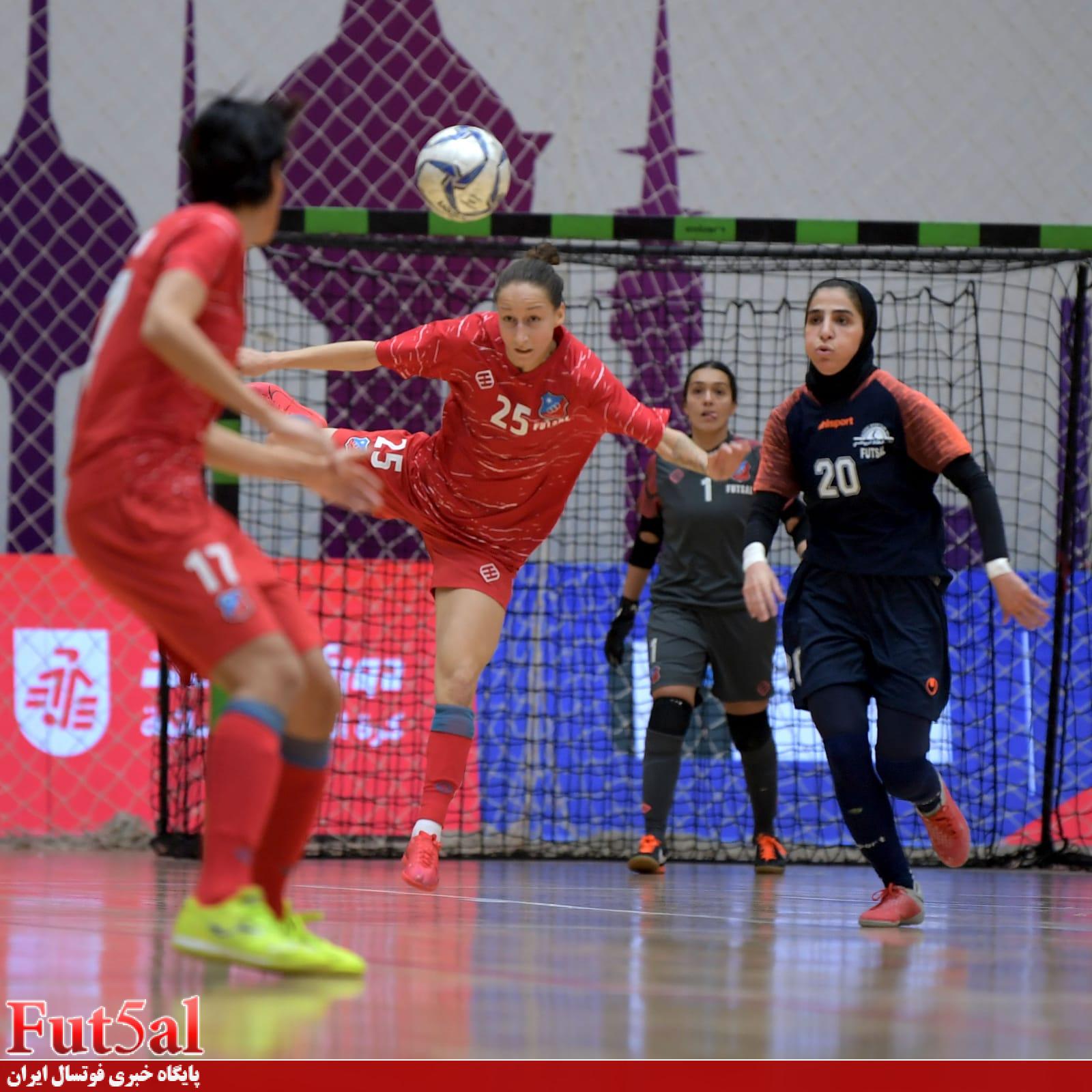 مقابل دو ملیپوش اکراینی الکویت دست تنها بودم/ دختران الفتاه اولین بار فینال را تجربه میکردند/ امروز برای ثبت قرارداد به مشهد میروم
