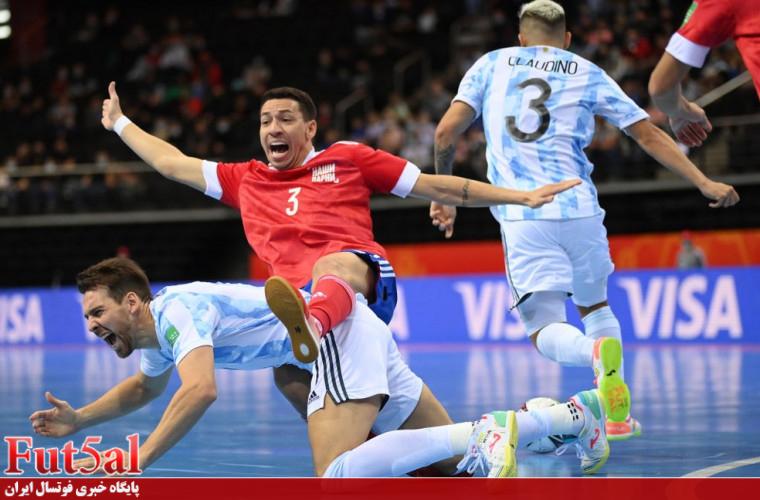 گزارش تصویری/ بازی تیم های آرژانتین و روسیه در یکچهارم نهایی جام جهانی فوتسال